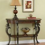 Entryway Tables And Lamp