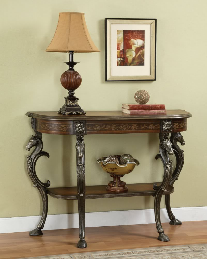 Image of: Entryway tables and lamp