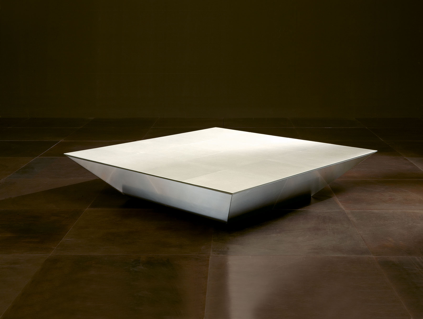 Image of: Modern Upholstered Coffee Table Design