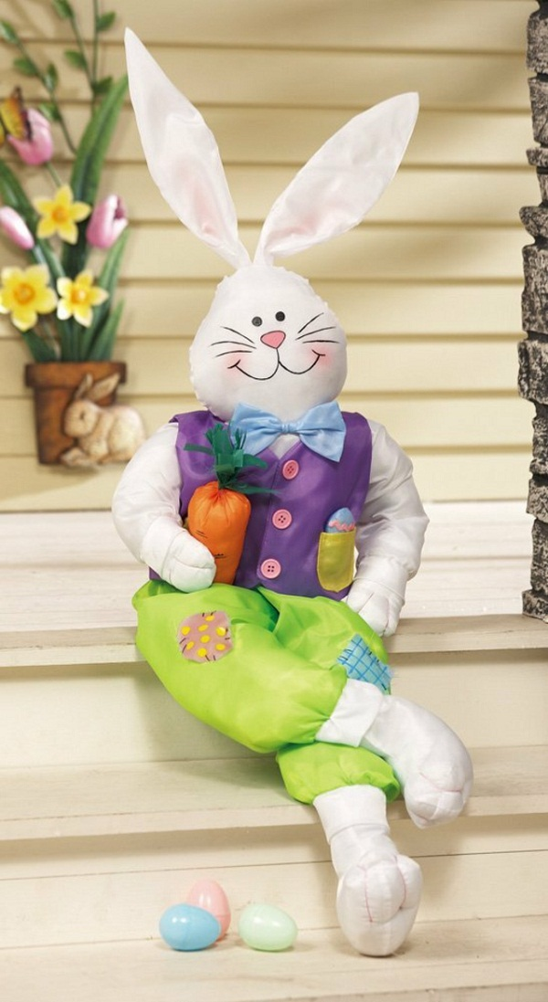 Picture of: outdoor easter decorating ideas house entrance stairs funny inflatable