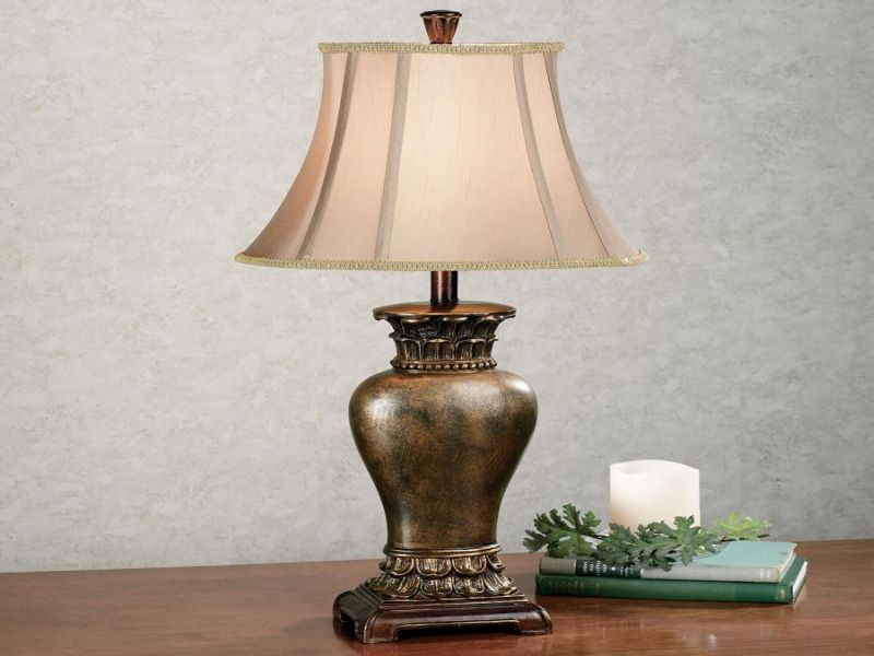 Picture of: Battery Operated Table Lamp Tiffany