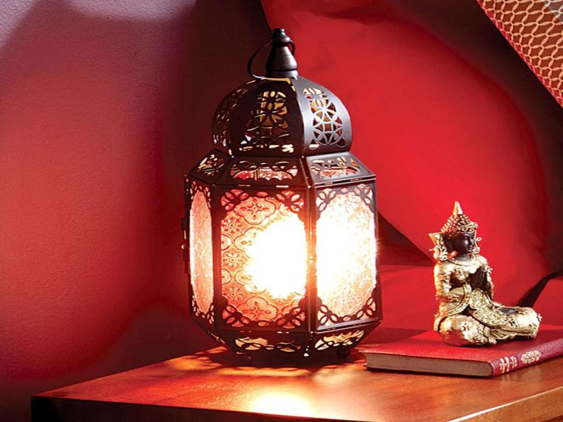 Image of: Elegant Lantern Table Lamp