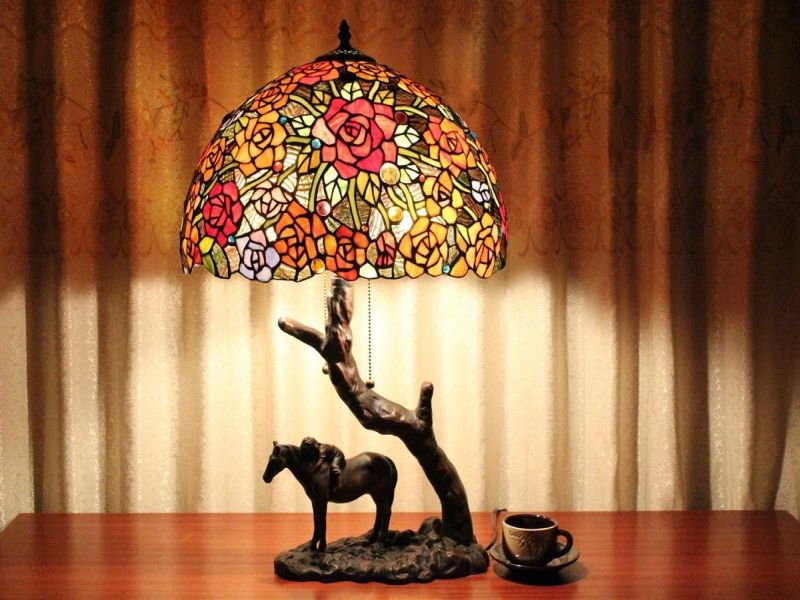 Picture of: Horse Under Tree Tiffany Table Lamps