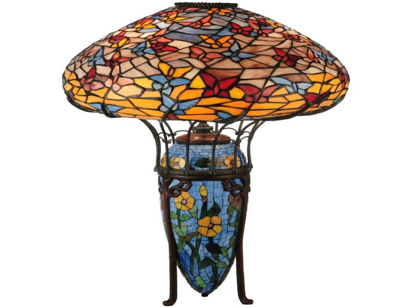 Picture of: Tiffany Table Lamps Stained Glass