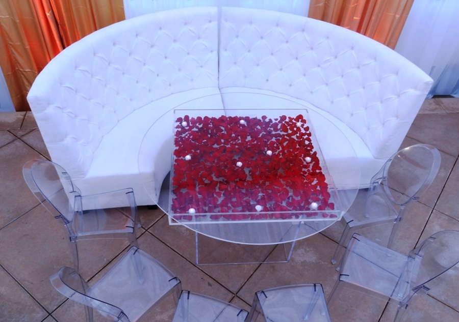 Picture of: Plexiglass Patio Table Top
