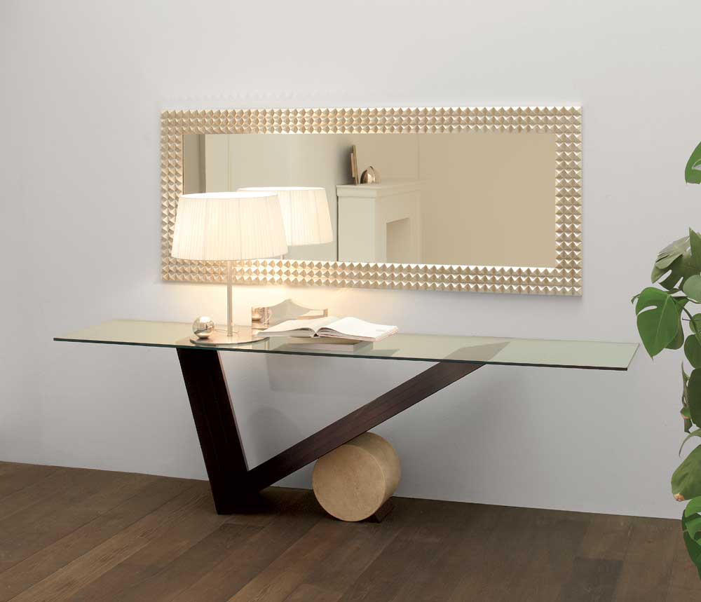 Contemporary Console Tables With Lamps