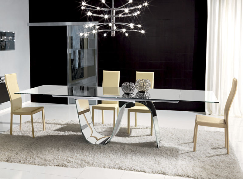 Image of: Contemporary Glass Dining Table and Chairs