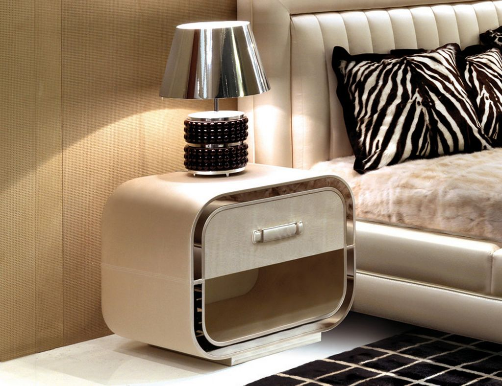 Image of: Contemporary Side Tables Bedroom