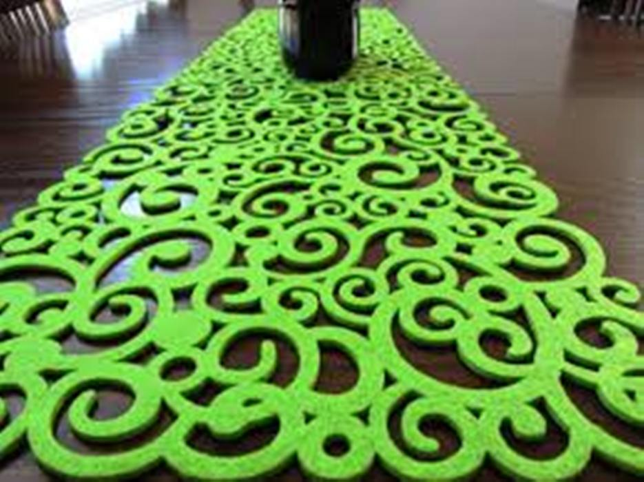 Image of: Contemporary Tablecloths for Round Tables