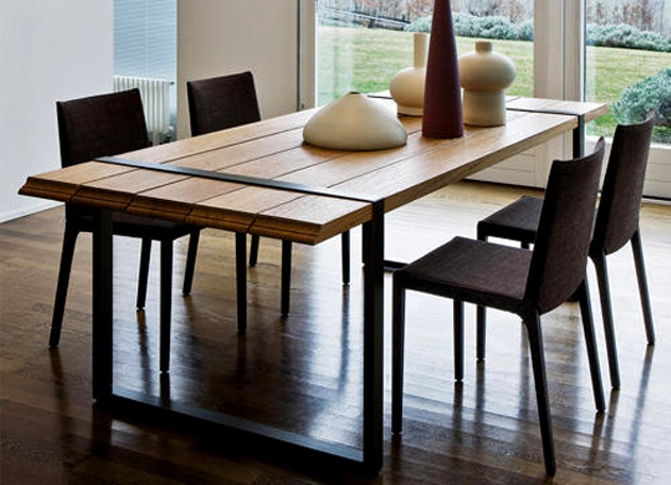 Picture of: Glass Contemporary Dining Tables
