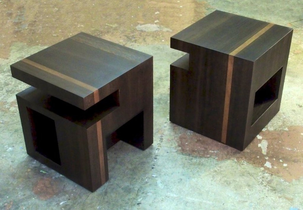 Picture of: Modern Contemporary Bedside Tables