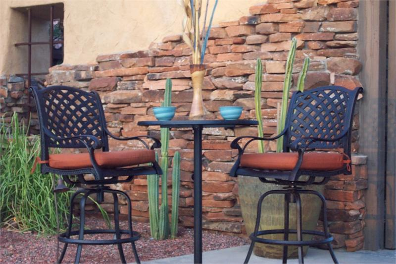 Picture of: Bar Height Patio Table and Chairs Iron