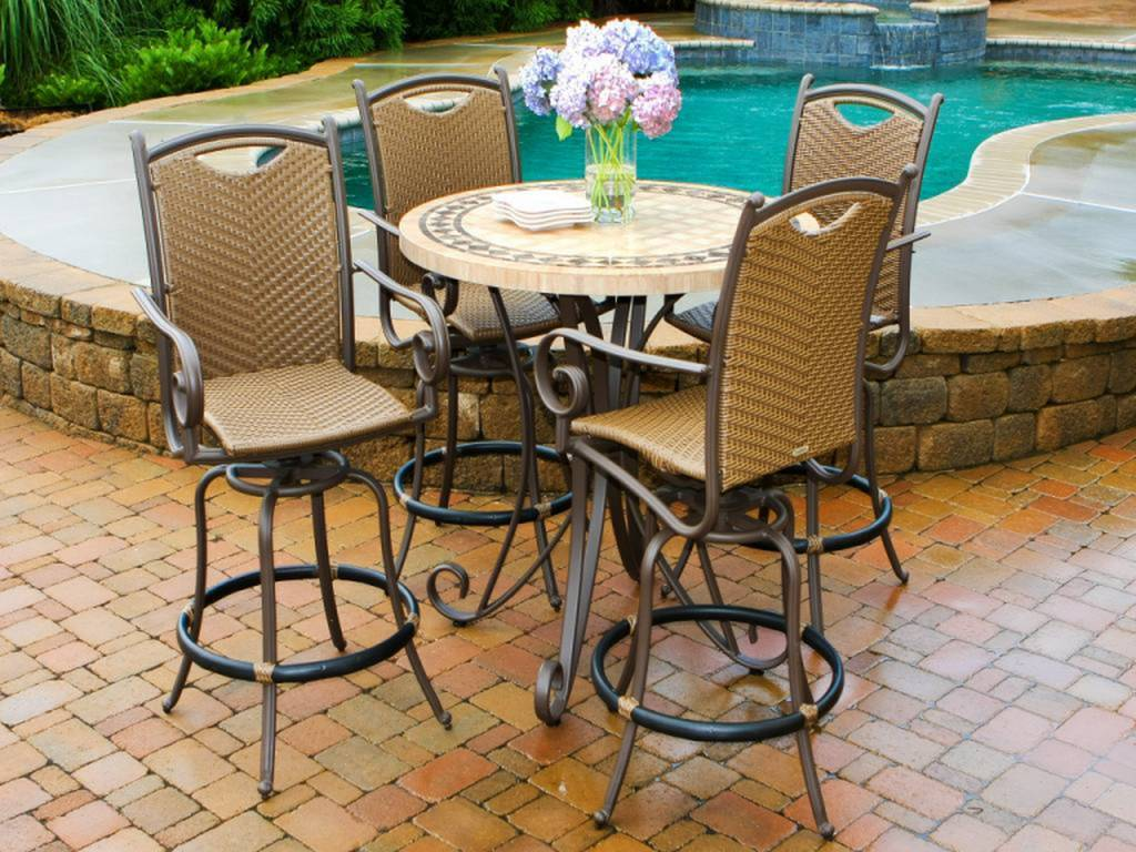 Image of: Beautiful Patio Bar Height Table and Chairs