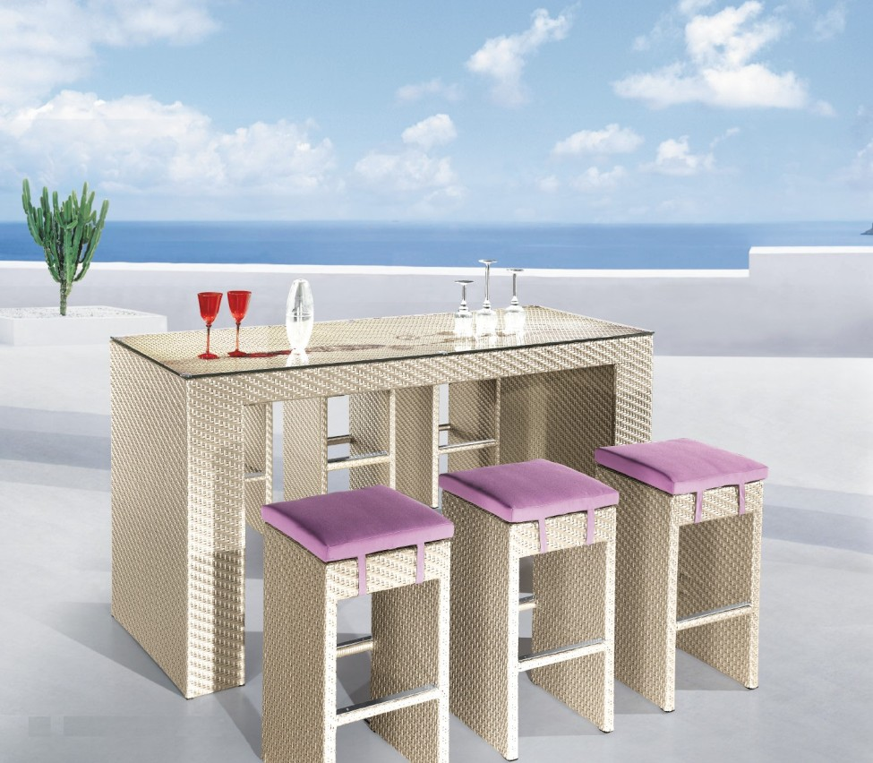 Picture of: Best Outdoor Patio Bar Table
