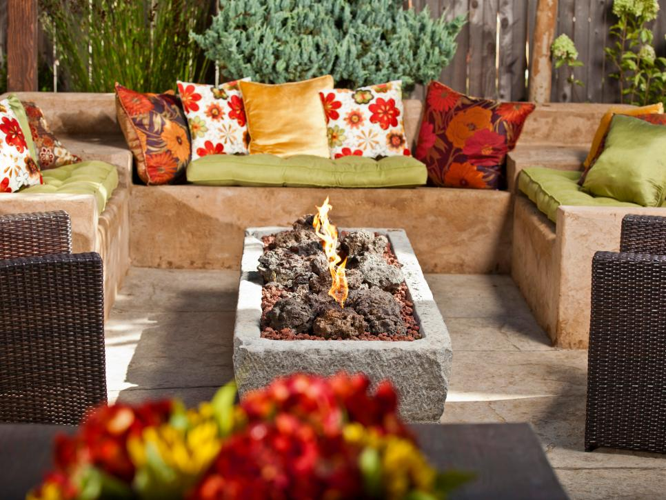 Picture of: Cheap Ideas Diy Fire Pit Table