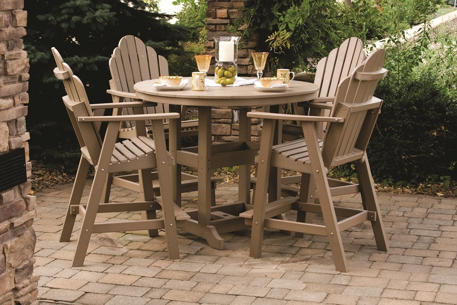 Picture of: Comfortable Bar Height Patio Table and Chairs