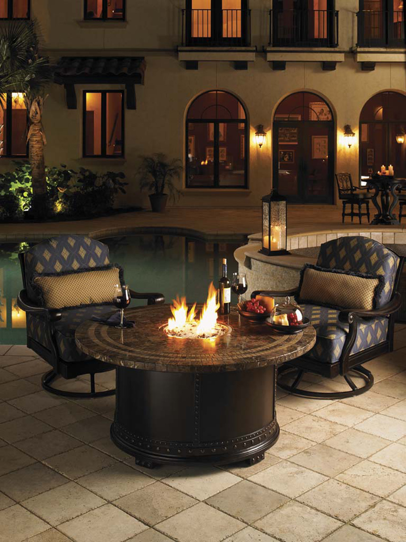 Picture of: Elegant Firepit Dining Table