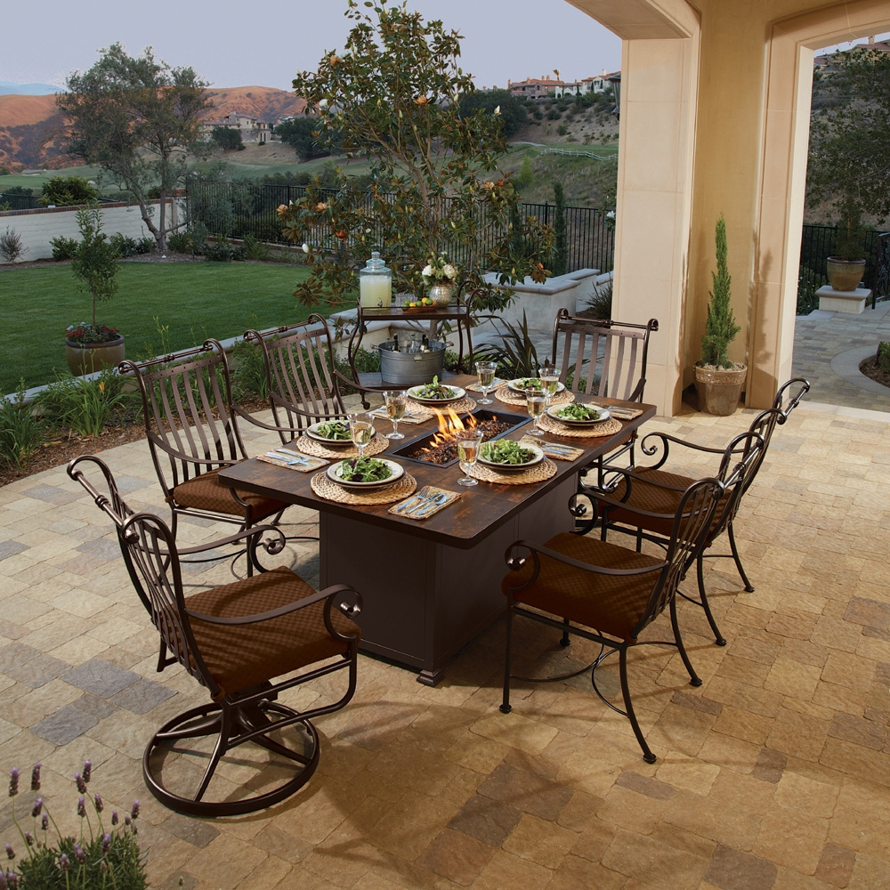 Picture of: Luxury Firepit Dining Table