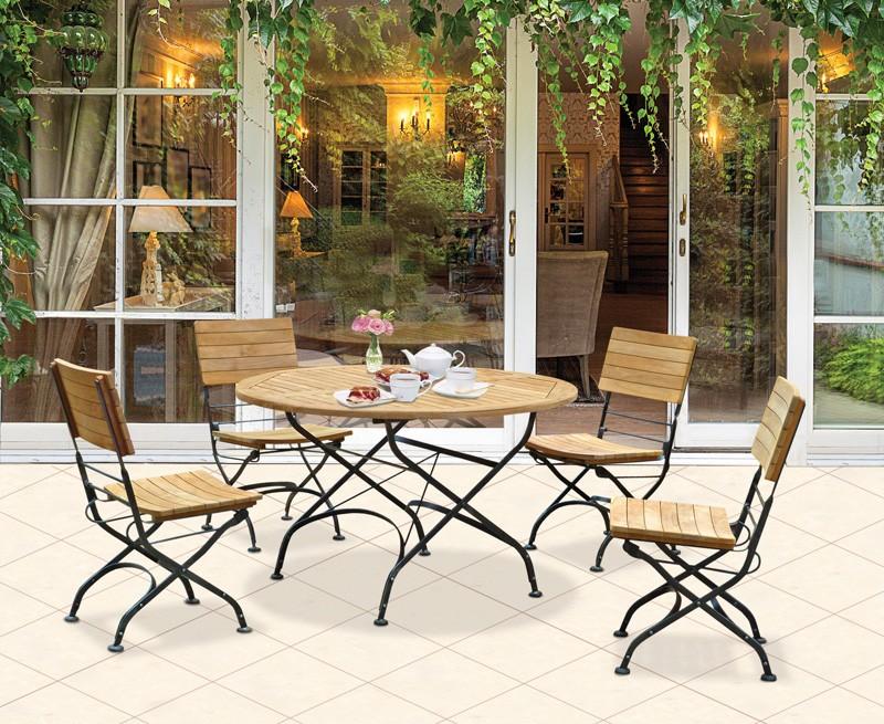 Image of: Outdoor Bistro Table and Chairs