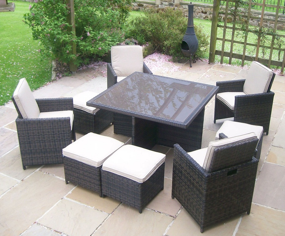Image of: Outdoor Square Patio Dining Table