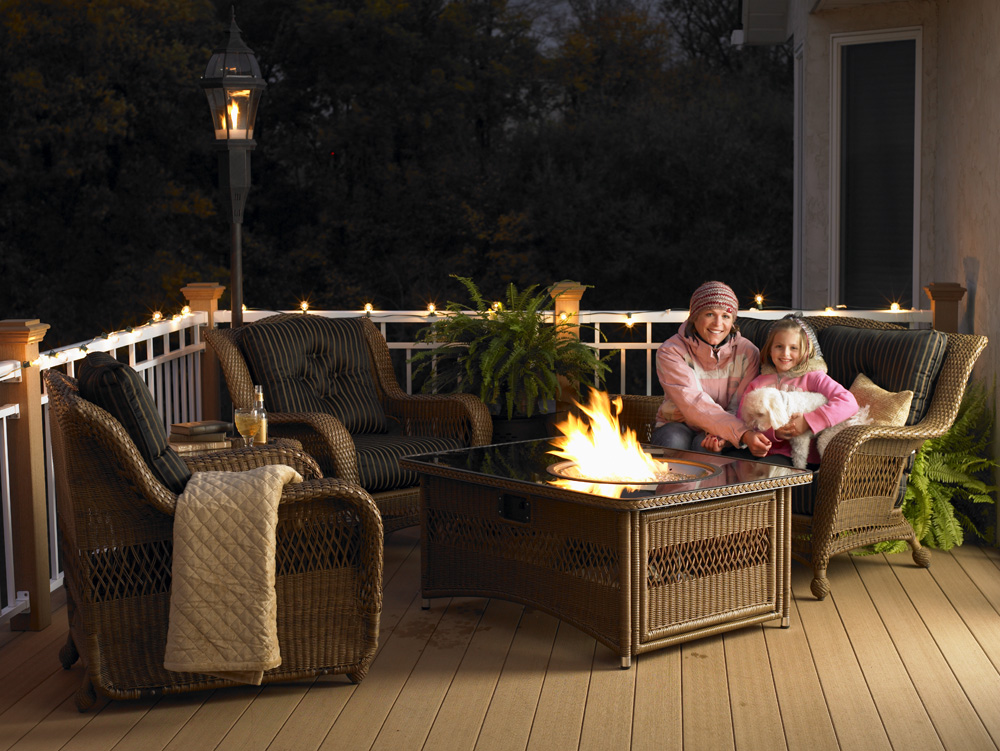 Image of: Patio Firepit Table Set