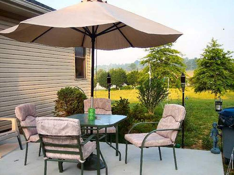 Picture of: Patio Umbrella Side Table Elephant