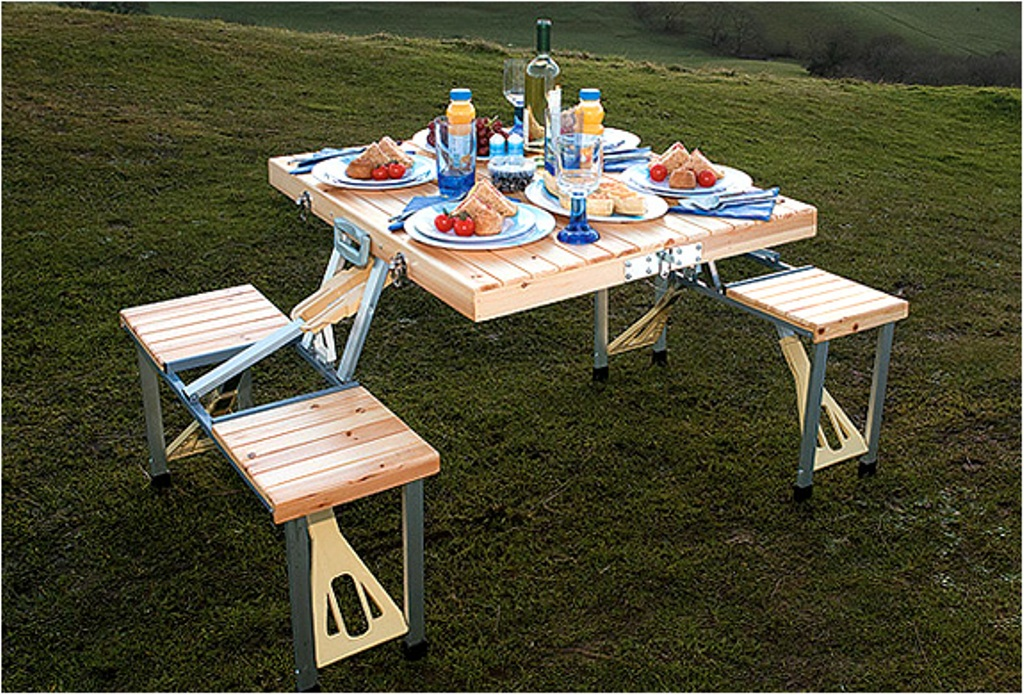 Image of: Portable Picnic Table with Umbrella