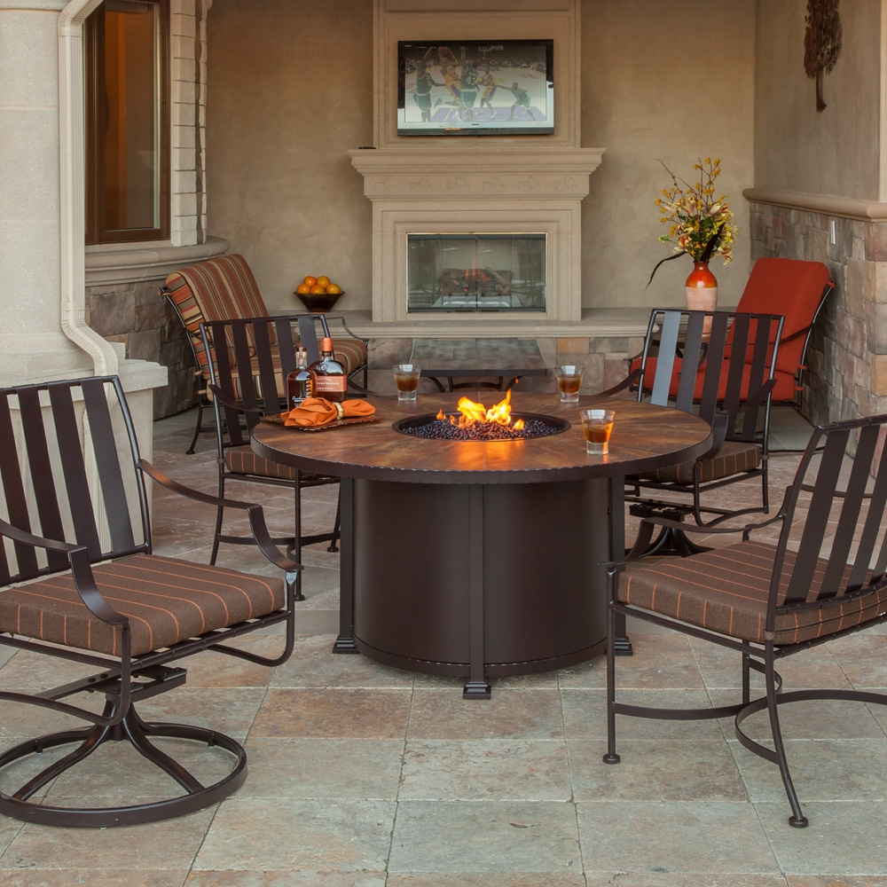 Picture of: Prety Firepit Dining Table
