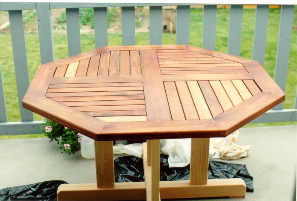 Picture of: Round Cedar Picnic Table