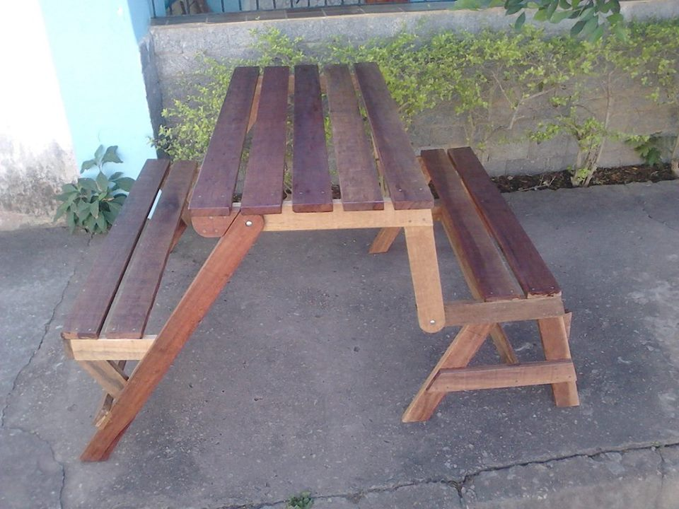 Picture of: Solid Wood Pallet Picnic Table