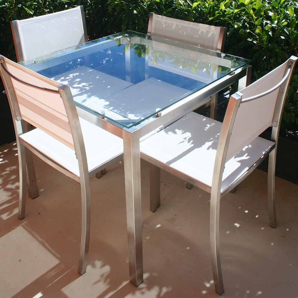 Image of: Square Patio Dining Table Glass