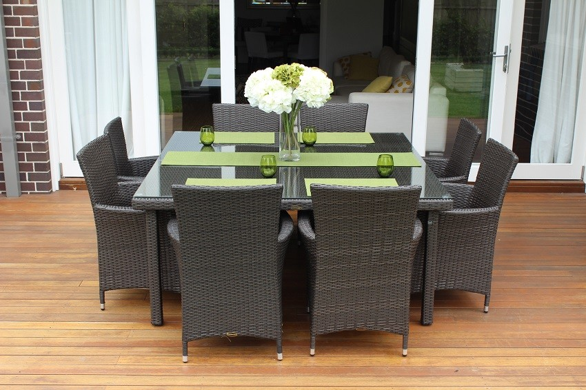Image of: Square Patio Dining Table Wicker