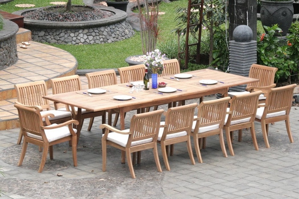 Picture of: Teak Patio Dining Table and Chairs
