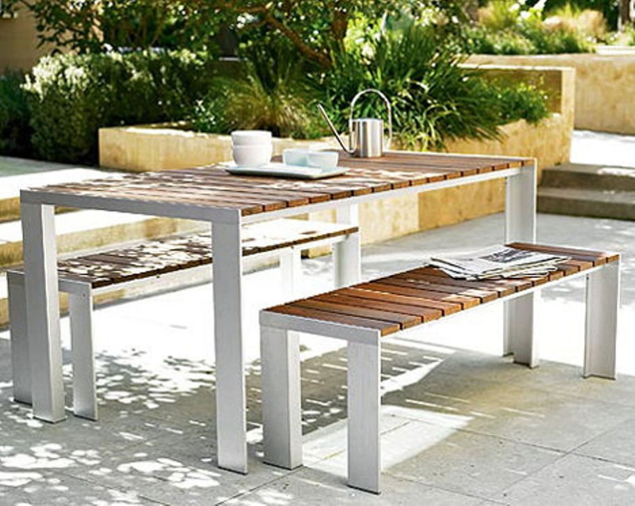 Picture of: White Patio Dining Table Ideas