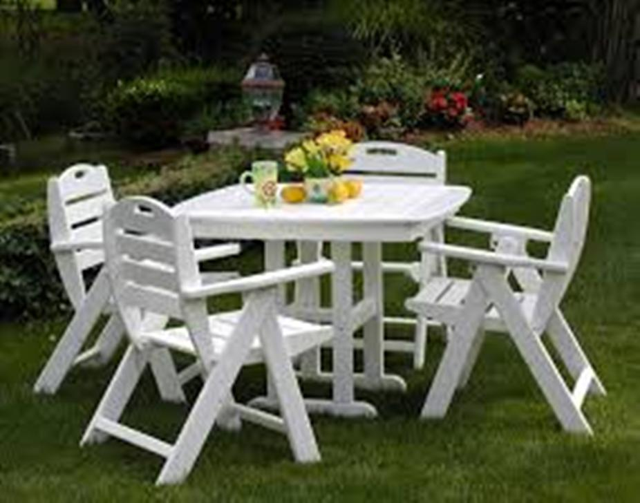 Picture of: White Patio Dining Table on Clearance