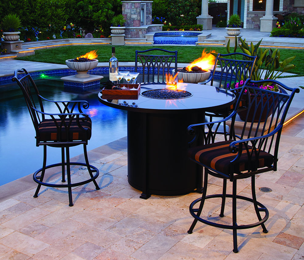 Picture of: Wonderful Firepit Dining Table