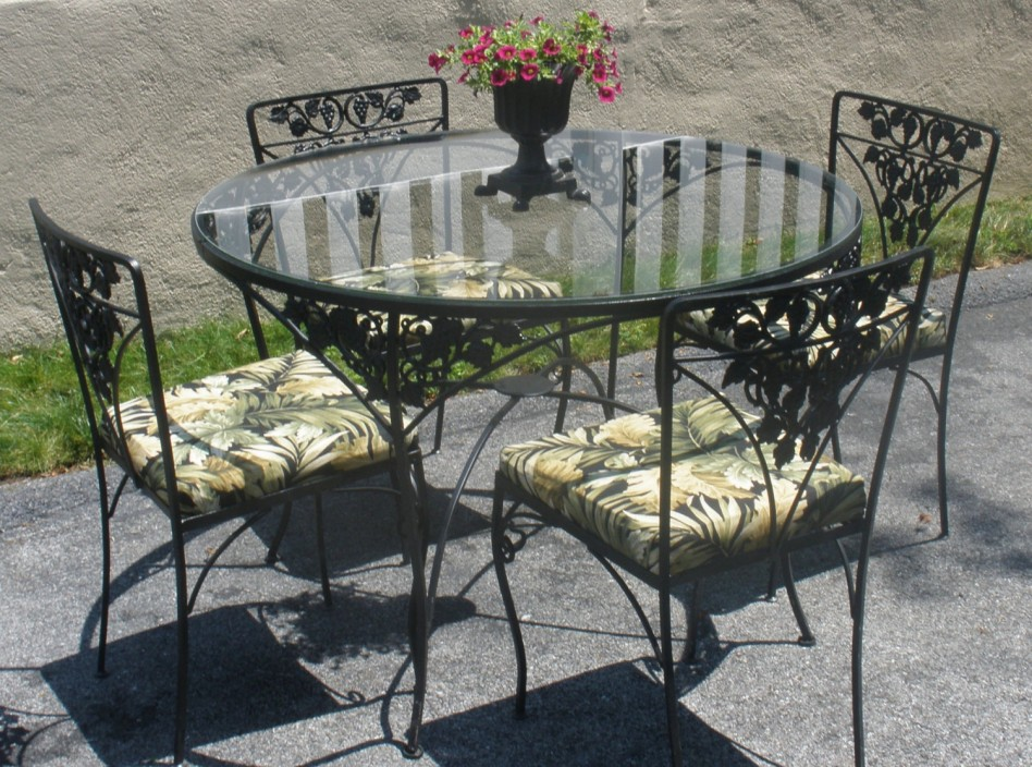 Picture of: Wrought Iron Patio Dining Table Glass Top