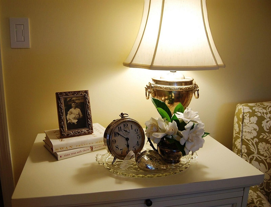 Picture of: Mercury Table Lamp Design