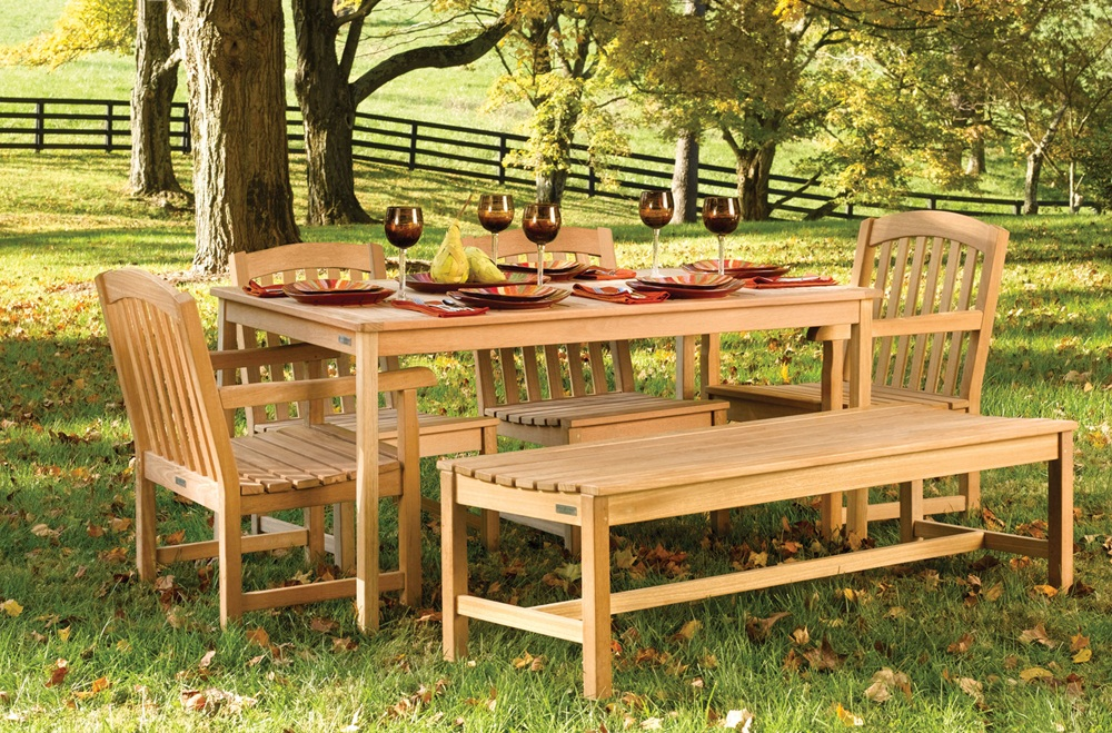Image of: Amazing Teak Patio Table