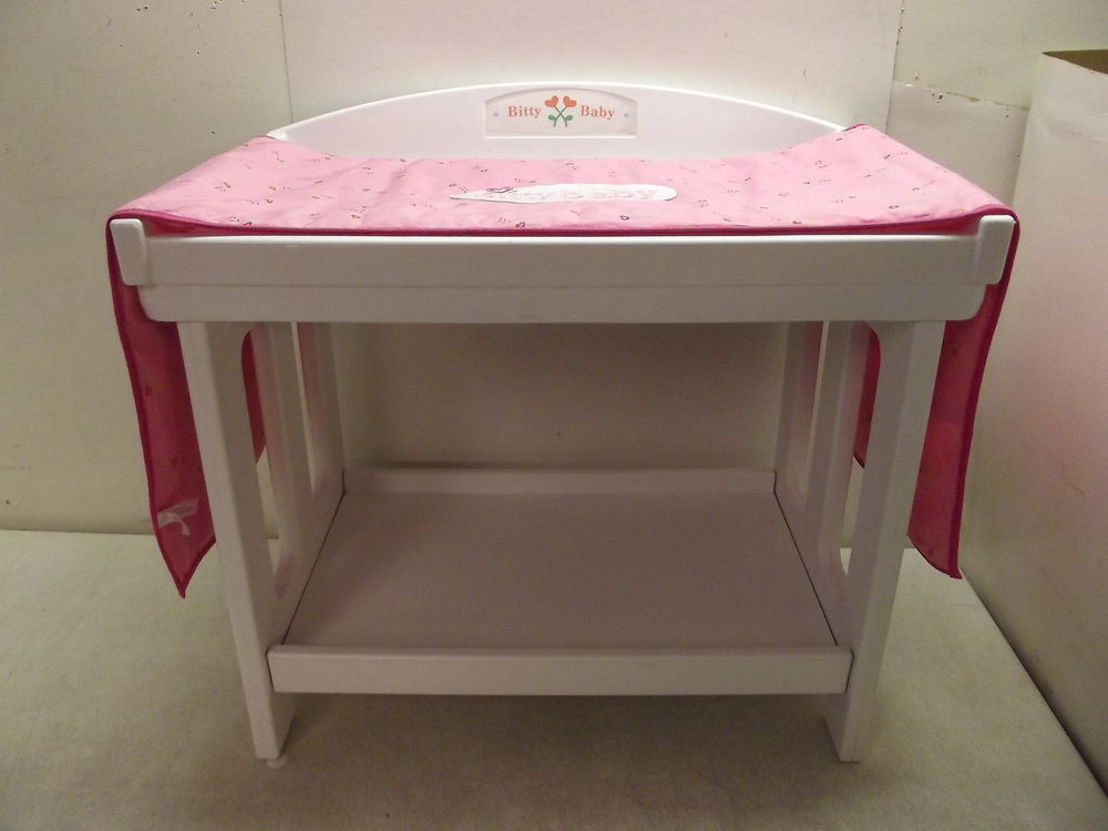 Image of: Baby Changing Table Pad Ideas