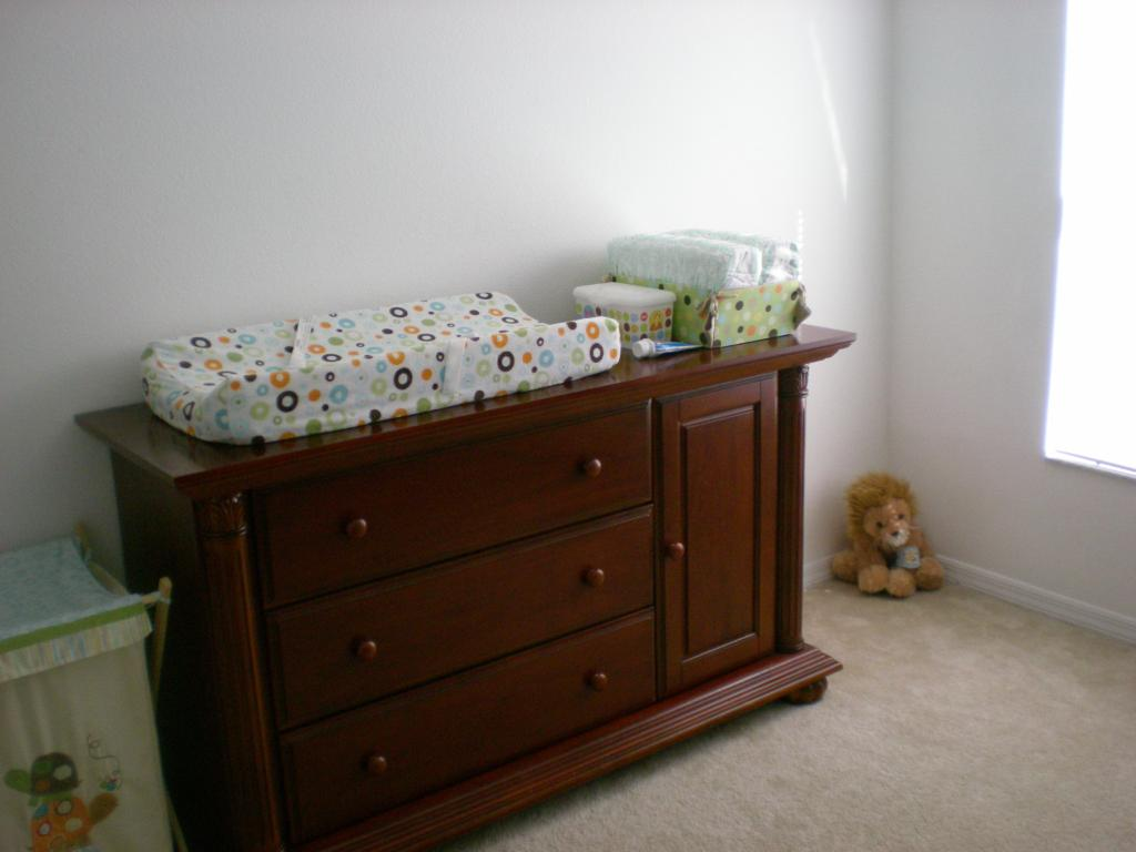 Image of: Baby Dresser Changing Table Picture