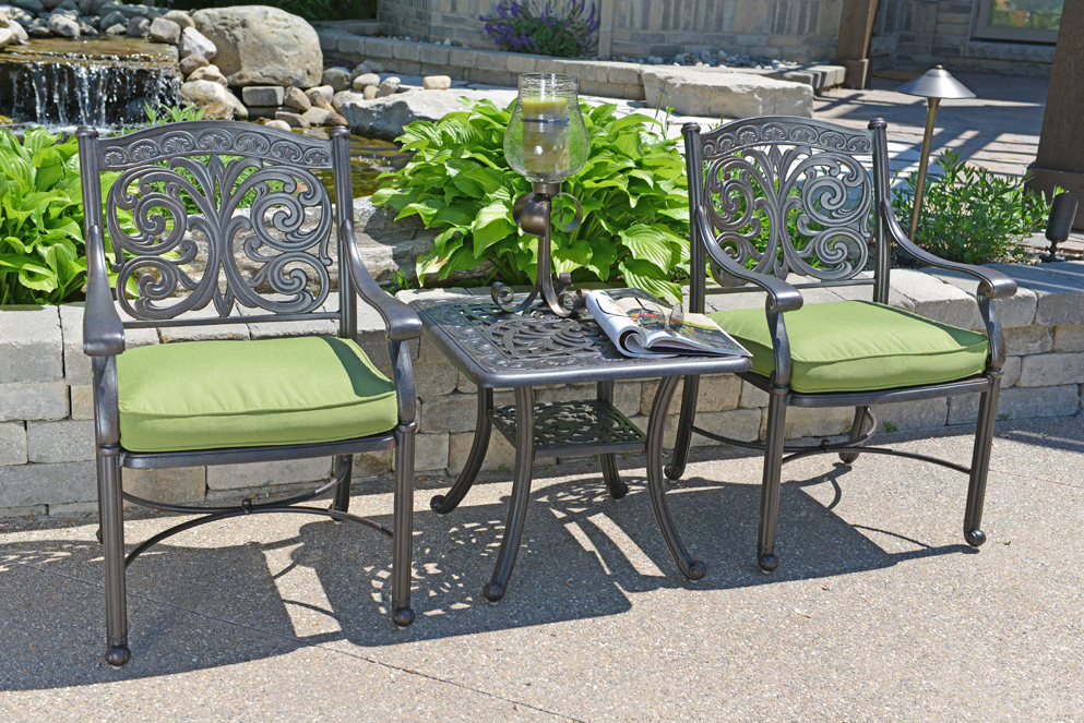 Image of: Cast Aluminum Patio Table Furniture Ideas