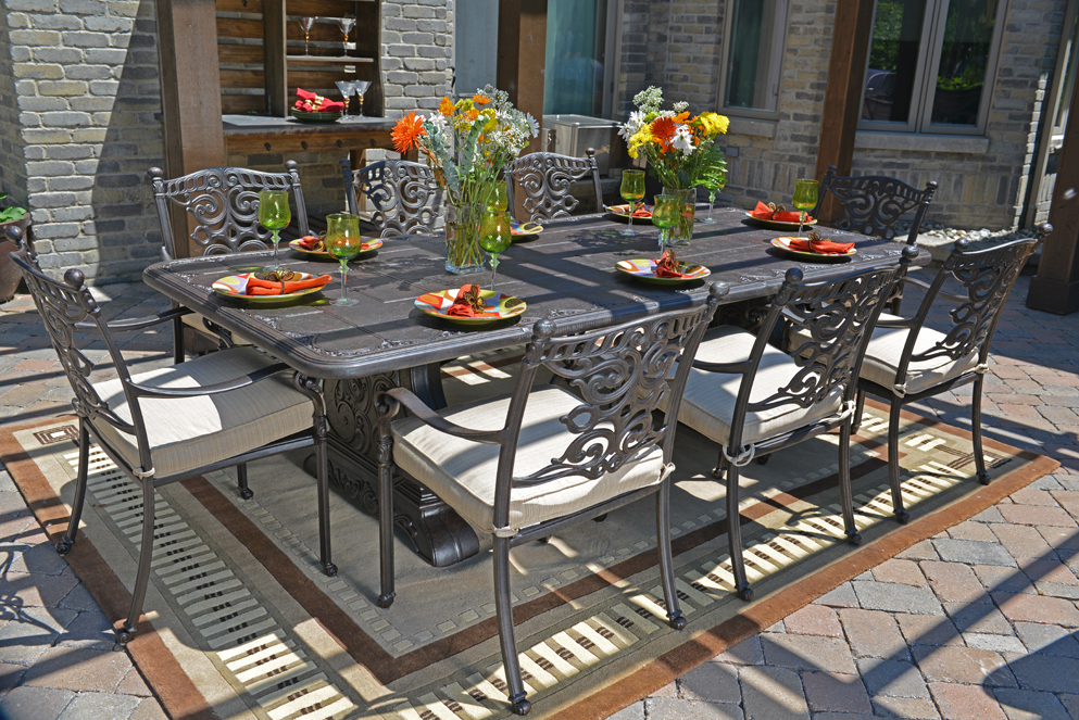 Image of: Cast Aluminum Patio Table Luxury
