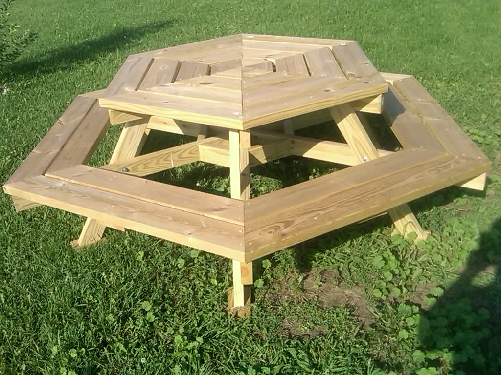 Image of: Childrens Picnic Table Hexagonal