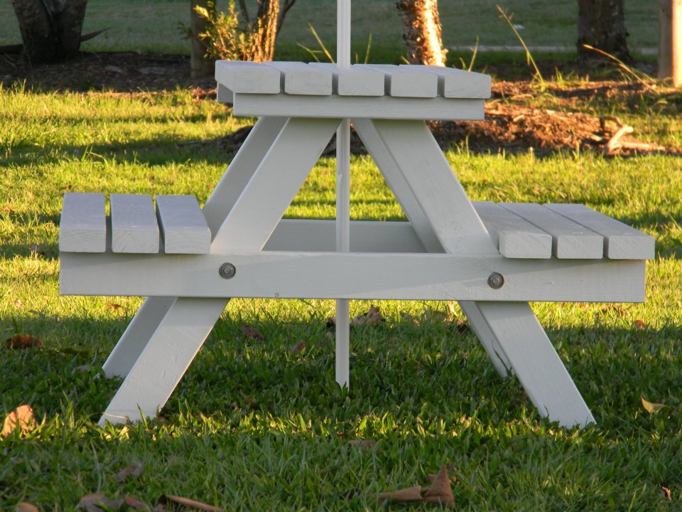 Image of: Childrens Picnic Table Simple White