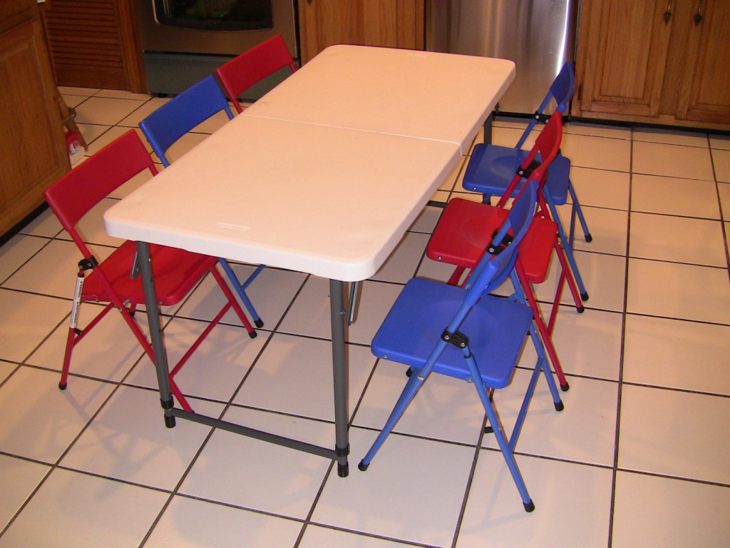 Picture of: Common Children Folding Table and Chairs