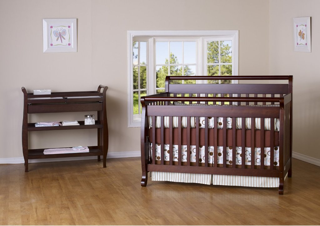 Image of: Davinci Changing Table Set