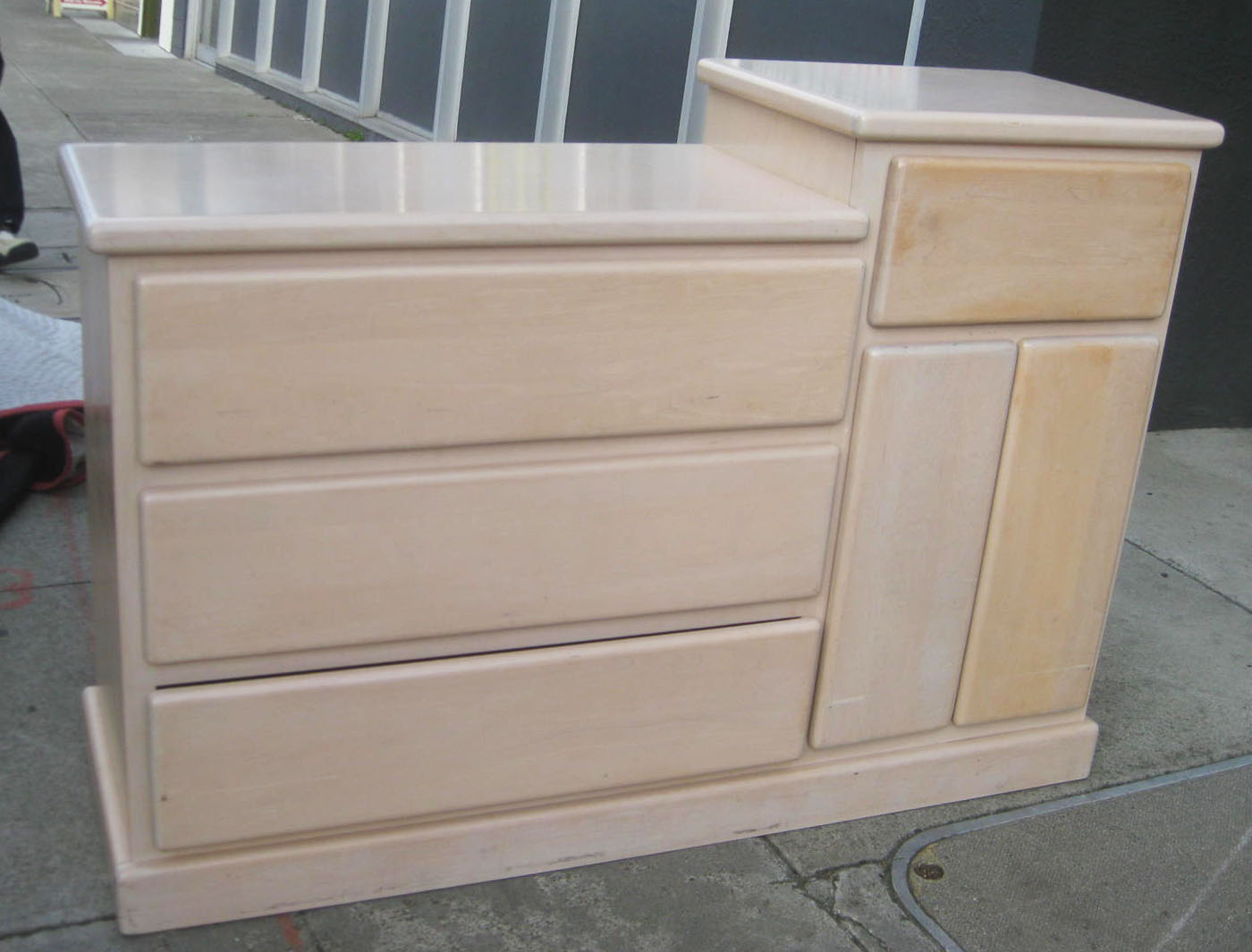 Design Baby Dresser Changing Table