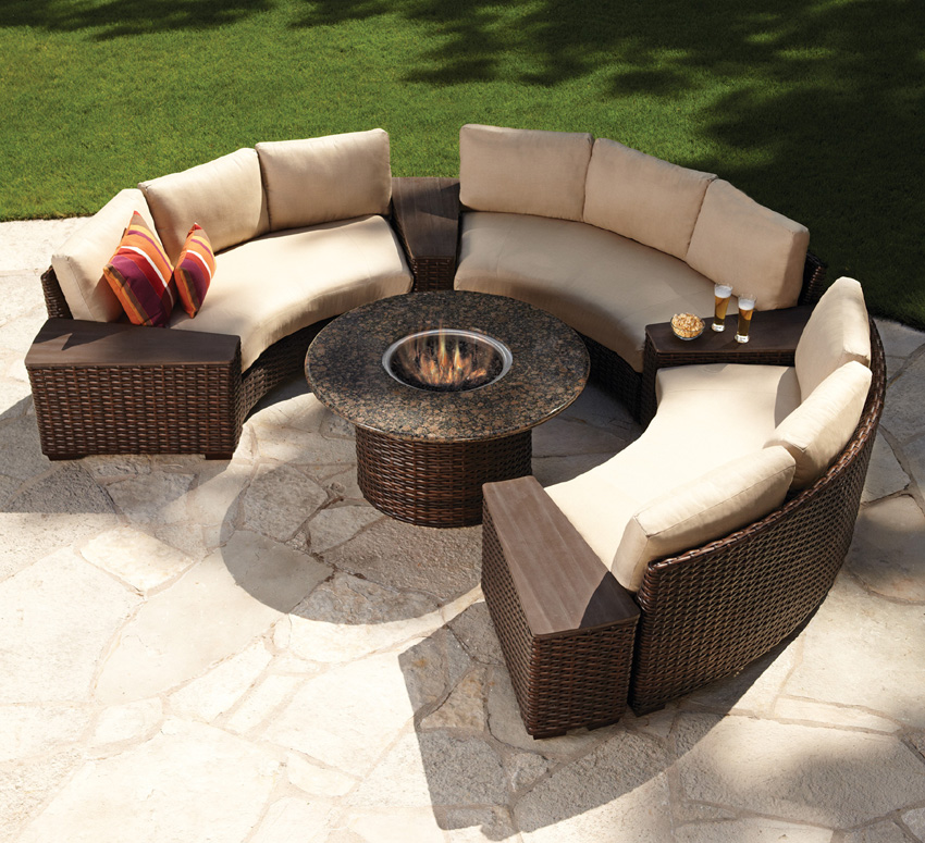 Image of: Firepit Tables With Sofa