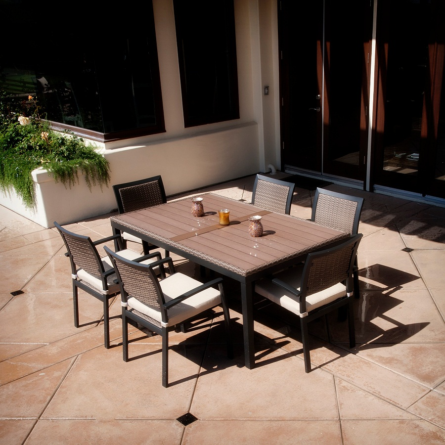 Image of: Folding Outdoor Dining Table Shapes